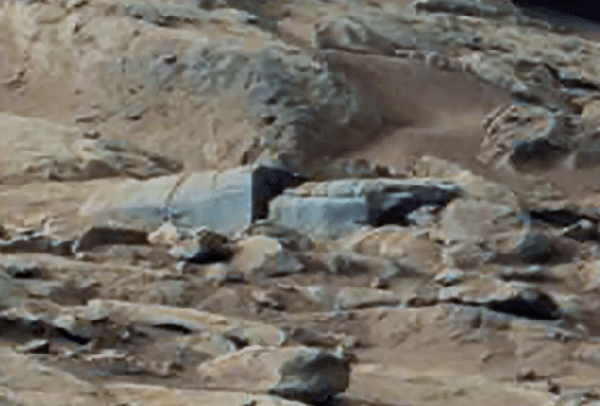 NASA Images Show Structures On The Surface of Mars