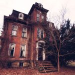 8 Real Haunted Houses you can Actually Visit